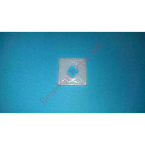 Citroen Saxo ablakrögzítő kocka műanyag